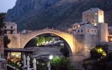 """PRESENTAZIONE DEL LIBRO DI MARCO TRAVAGLINI """"Bosnia,l'Europa di mezzo.Viaggio tra guerra e pace, tra Oriente e Occidente"""""""