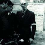 Il professor Fornara, in attesa dell'arrivo delle delegazioni da Veveri.